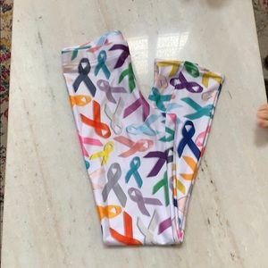 Qwazily Pants - Cancer Ribbon Leggings- White Medium NWOT